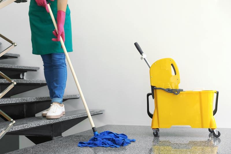 شرکت خدماتی نظافتی پاک آذین اندیشه